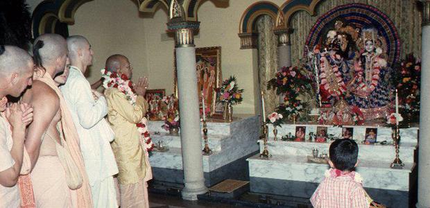 Srila prabhupada templomban