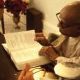 Mit mond Sríla Prabhupáda a valódi Isten-tudatról? Sríla Prabhupáda: Mi az Isten-tudatot prédikáljuk. Isten, Ő Isten. Nem keresztény, nem hindu, nem mohamedán. Mozgalmunk az istenszeretetet prédikálja. Vagyis nem számít, milyen vallást […]