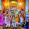 A védikus szentírások így a Srímad-Bhágavatam említést tesz arról, hogy a gyermekeket személyiségüknek, jellemüknek megfelelően más és más módon kell nevelni. Ezek szerint 3 szinten kell megvizsgálni egy gyermek természetét, ami […]