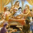 Idén augusztus 17-ére esik az Úr Kṛṣṇa Földi megjelenésének évfordulója (Śrī Kṛṣṇa Janmāṣṭamī). A jeles nap alkalmából közös imádsággal, énekkel, tánccal, történetek mesélésével, felajánlások felolvasásával, és a kedvtelések pl. a csónakáztatás […]