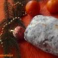Sok család számára a hagyományos német karácsonyi kalács elkészítése az ünnep része. A citrusfélék, a gyömbér, a fűszerek illata belengi a jó meleg konyhát, miközben kint tombol a fagy… Hozzávalók: 2,5 […]