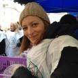 A Krisna-hívők karácsonyi programsorozatának csúcspontja a háromnapos Blaha Lujza téri ünnepi akció, amely során naponta 1500 rászorulót látnak vendégül. A segélyakciót az adományozók mellett hírességek is rendszeresen segítik jelenlétükkel. 2014-ben jelen […]