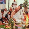 A Krisna-tudat Nemzetközi Szervezete londoni központjában, a Bhaktivedanta Manorban a Haveli templomépület alapkőletételi ceremóniáját rendezték meg június 10-én. Az esemény egyben alkalmat adott arra is, hogy a Krisna-hívők megünnepeljék a nemzetközi […]