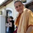 A Krisna-hívő szerzetesek többsége általában meditációval, imádsággal, szorgalmas munkával és szolgálattal töltik napjaikat és rengeteget tanulmányozzák a védikus szentírásokat. Mohana dász Krisna-hívő szerzetes mindemellett azonban a magyar szépirodalom kedvelője is. József […]