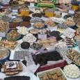 """Govardhana-pūja az Édességhegy Ünnepe – Krisna örömére! Ezen a fesztiválon több mint 2000 kg különlegesen ízletes édességet készítünk el és ajánlunk fel Srí Kṛṣṇa örömére Krisna-völgyben. Sőt még egy """"hegyet"""" is […]"""
