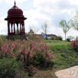 Krisna-völgy temploma nem csak egy szép, színes épület. Az indiai kultúra és művészet, ahogy eredetileg a magyar sem, nem ismeri a dísz a díszítés fogalmát. A templomépületben minden ékesség az Úr […]