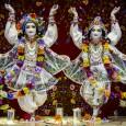 Mit jelent az, hogymūrti?Miamūrtiimádat lényege? Hogyan nyilvánul meg Isten egy szoborformában, hogy elfogadja hívei, követői szeretetét és lefoglalja őket a szolgálatában? Mivel több egymūrtiegy szobornál? 25 éve imádják GauraNitāitaKṛṣṇa-hívők budapesti központjában. […]