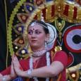A Debreceni Govinda szeretettel várja vendégeit június 19-én, a Balmazújvárosi Napforduló Fesztiválra, valamint a június 21-én Debrecenben megrendezésre kerülő Egy Csöppnyi India Fesztiválra. Mindkét alkalommal tradicionális indiai hangszerekkel kísért zenés programmal […]