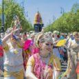 A Szekérfesztivált ma már a világ számos nagyvárosában megrendezik. Budapestre június 24-én érkezett meg Krisna szekere és fergeteges fesztivált tartottak a Krisna-hívők és érdeklődők. Kunjabihari csodálatos fotói a fesztiválról >> Janci […]